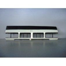 IZ01-0114B* ISUZU ELF 1987-90, РЕШЕТКА РАДИАТОРА (Китай) ШИРОКАЯ КАБИНА